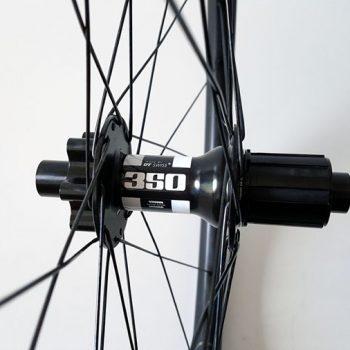 carbon MTB wielen met DT Swiss 350 Boost Spec naven
