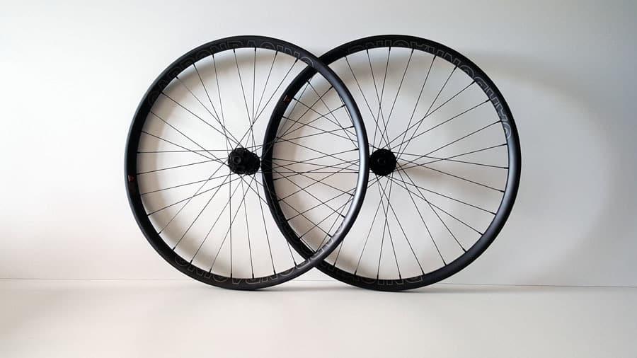 carbon MTB wielen met DT Swiss 350 Boost Spec naven2