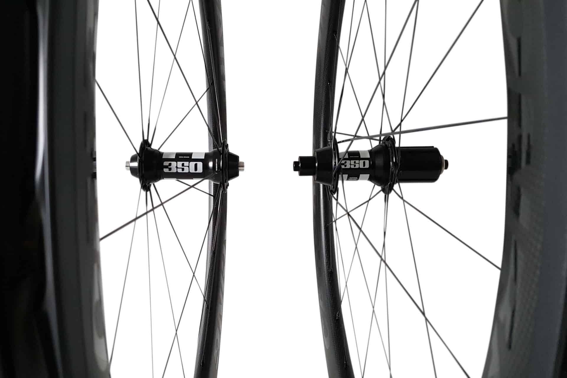 CR5-55 carbon wielen met DT 350 naven